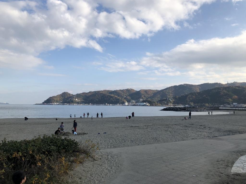 海辺をまずはお散歩
