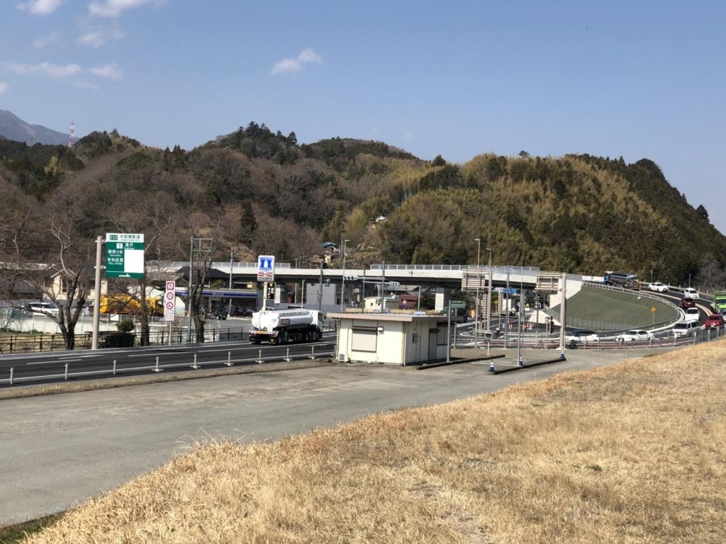 中部横断自動車道富沢IC入り口