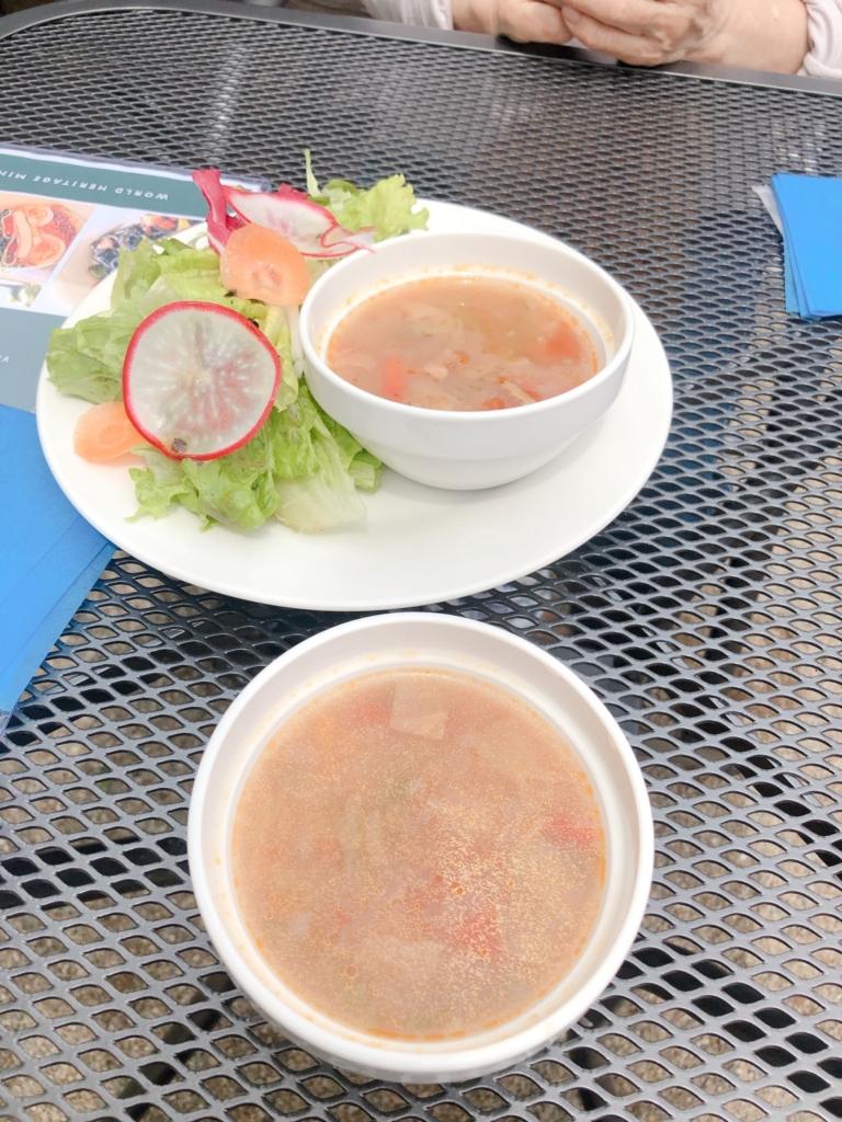2人分です。スープやサラダ