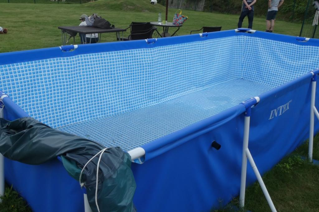 夏はプールもあるみたいです